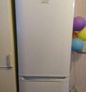 Холодильник Aристон