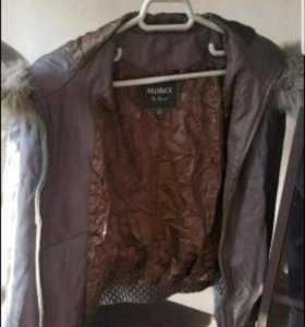 Куртка кожанная размер s