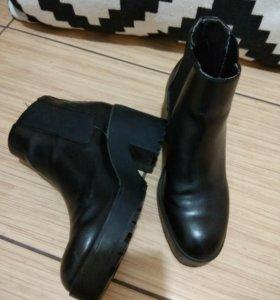 Ботильоны ботинки на каблуке