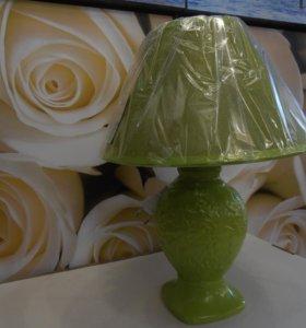Лампа настоьная 000140