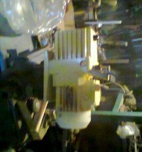 Ваккумный пластинчато- роторный насос нвр-1'25