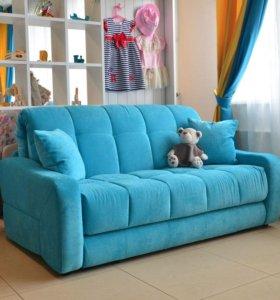 Диван трехместный велюровый цвет сер-голубой б/у