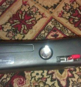 Xbox 360 + кинект(возможен торг)