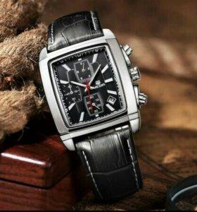 Продам часы Megir