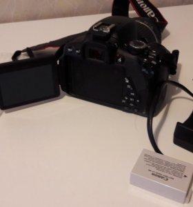 Фотоаппарат Canon 650D + 2 обьектива