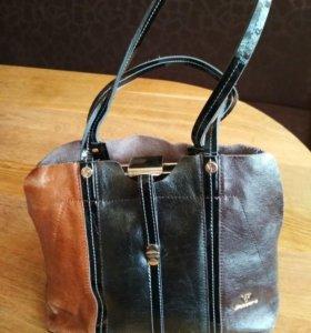 Дамская кожаная сумка