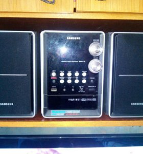 Микро DVD-система Samsung MM-KT8