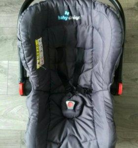 Автомобильное кресло BABY DESIGN LEO 0+