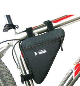 Универсальная сумочка для велосипеда