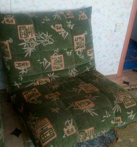 Диван с 2 креслами б/у