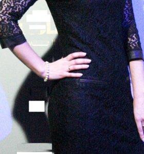 Платье темно-синее с отделкой под кожу