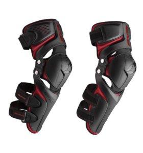 Защита колена (Наколенники) EVS EPIC KNEE PAD