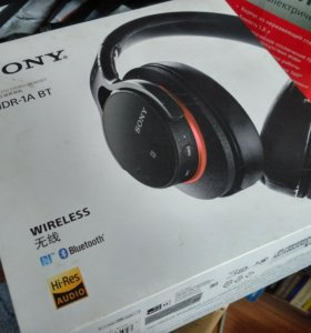 Hi-Res наушники Sony MDR-1ABT