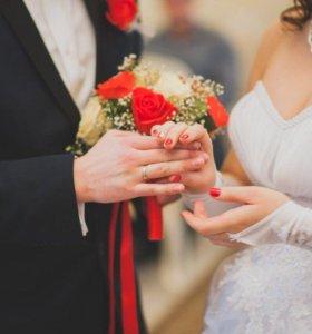 Платье с кольцами свадебное