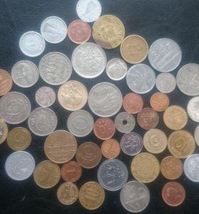 50 иностранных монет