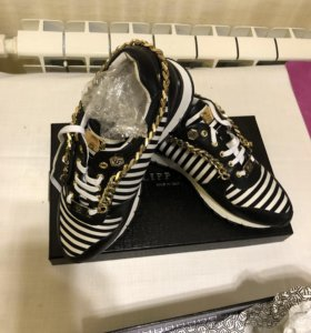 Кроссовки стильные новые Philipp Рlein
