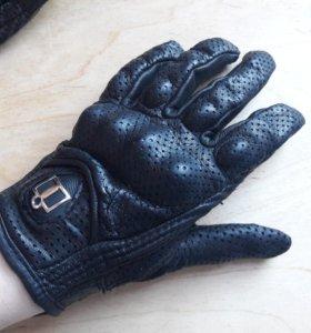 Перчатки женские ICON, кожа, размер S
