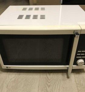 Микроволновая печь LG MH-6386RF