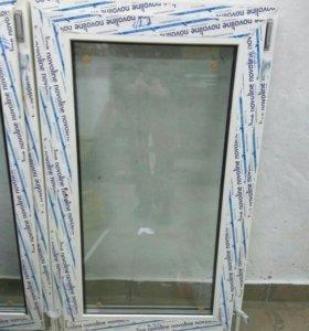Окно пластиковое 700х1200мм.