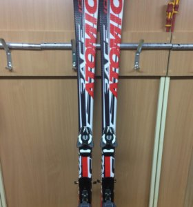Лыжи горные , новые, Атомик ,150 см.