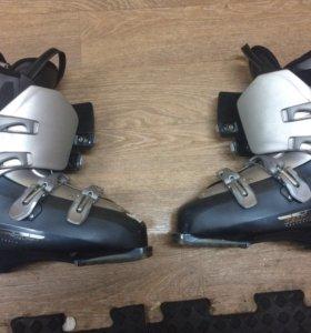 Ботинки горнолыжные Саломон