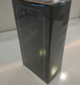 iPhone 7 32 ГБ черный оникс