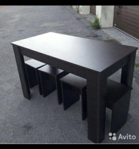 Кухонные столы и табуретки