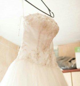 Свадебное платье,подъюбник-кольца,фата