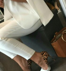 Шикарные кожаные лакированные туфли лодочки