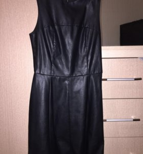 Платье кожаное ,новое
