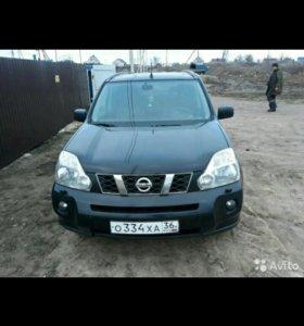 Nissan X-Trail 2.0CVT, 2010