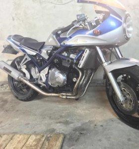 Suzuki GSF400 bandit limited edition