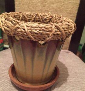 продам керамическое кашпо и декоративные камушки