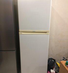 Холодильник Stinol 110L