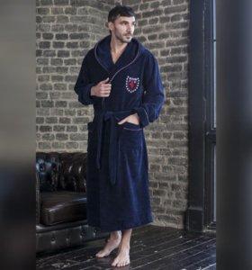 Продается мужской халат с капюшоном( Турция)