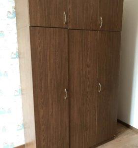 Шкаф 3-х створчатый с антресолью