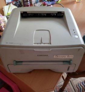 Принтер лазерный Samsung ml 1520