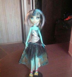Кукла монстер хай (подделка)
