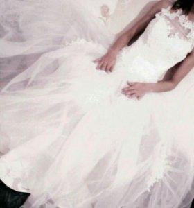 Свадебное платье+ накидка+ круг (торг возможен)