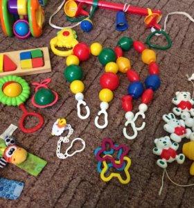 Детские игрушки, погремушки