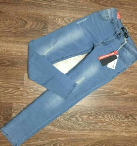 Новые мужские джинсы! Размер М!