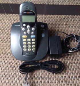 Радиотелефон Thomson Telecom.