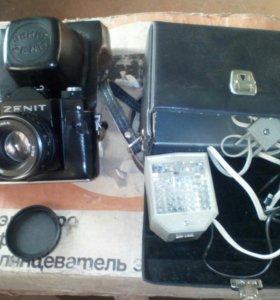 Продам фотоаппарат+фотовспышка