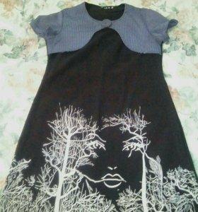 Эксклюзивное платье с абстрактным рисунком