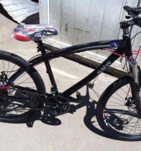 Велосипед на бмв на спицах, черный.