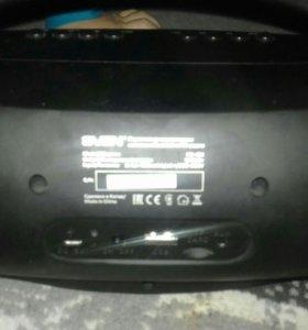 Портативная акустичиская система с Bluetooth и FM-