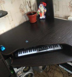 Компьютерный учебный стол/горка