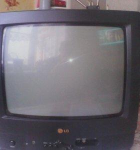 Телевизор LG модель CF-14F60К