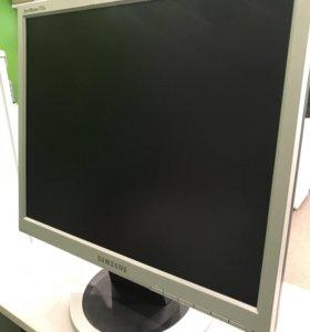 Монитор Samsung 17