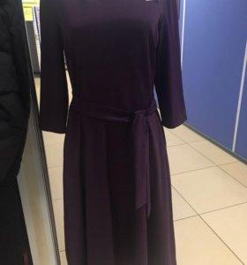 Трикотажное платье, клёш, цвет бордо